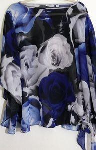 Susan Graver Sz 1X Blue White Floral Sheer Top